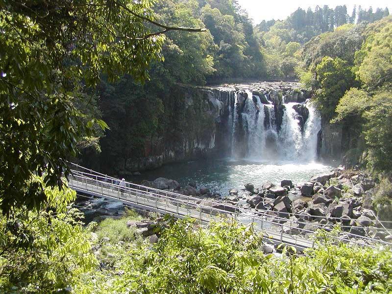 「関之尾の滝」の画像検索結果