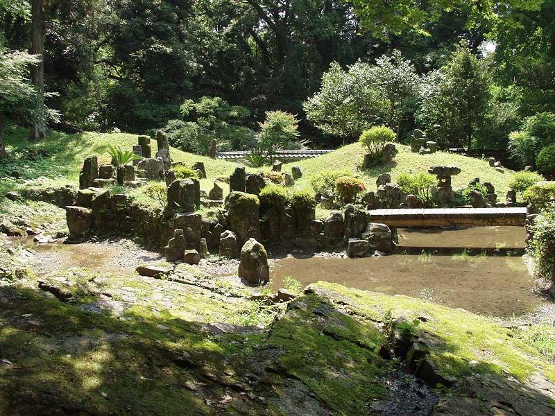 日向市細島にある 妙国寺庭園 ...